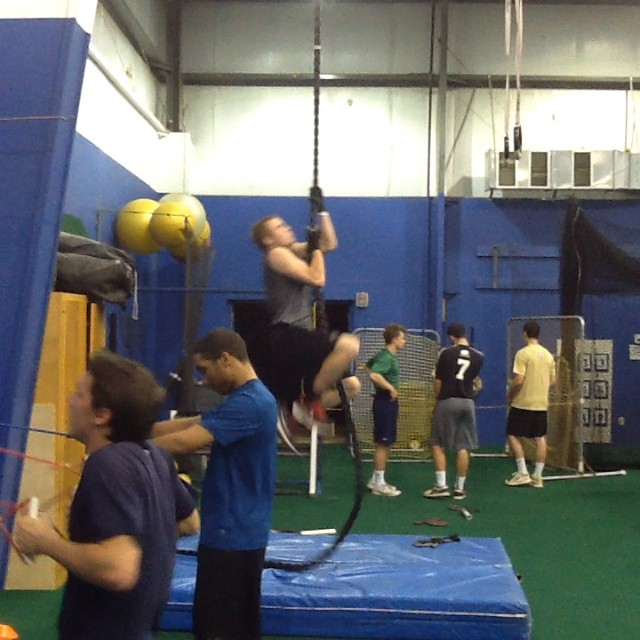 Academy Power Training. Justin Olczak dominating the rope climb. @justinolczak24 @_kb7_